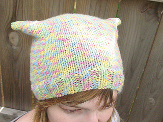 086_simple_charity_hat_small2