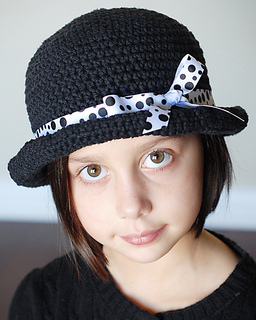 c5621295e79 Ravelry  Basic Roly Hat pattern by Adrienne Engar