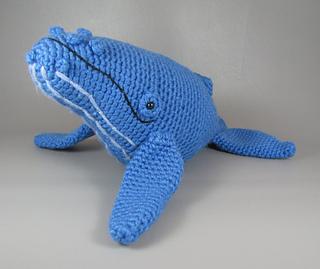 Ravelry: amigurumi humpback whale pattern by Aeron Aanstoos