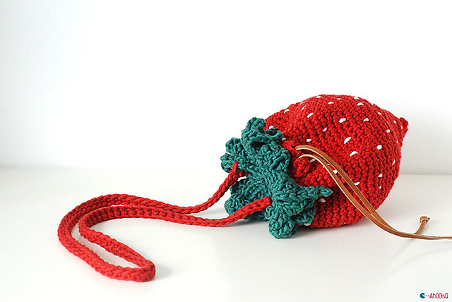 Ravelry Strawberry Bag And Purse Pattern By Ahooka Migurumi