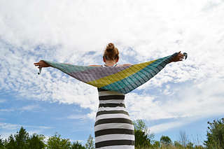 Assymetrical_shawls_one_and_two_2016-07-22_022_small2