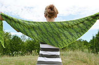 Assymetrical_shawls_one_and_two_2016-07-22_061_small2