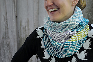 Asymmetrical_shawl_3_2016-09-25_106_small2