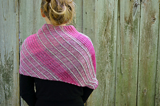 Asymmetrical_shawl_3_2016-09-25_083_small2