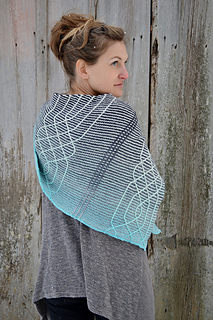 Asymmetrical_shawls__four__gansey_crescent_shawl__lopi_mittens__candy_mittens_2016-12-07_076_small2