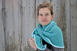 Asymmetrical_shawls__four__gansey_crescent_shawl__lopi_mittens__candy_mittens_2016-12-07_135_small_best_fit