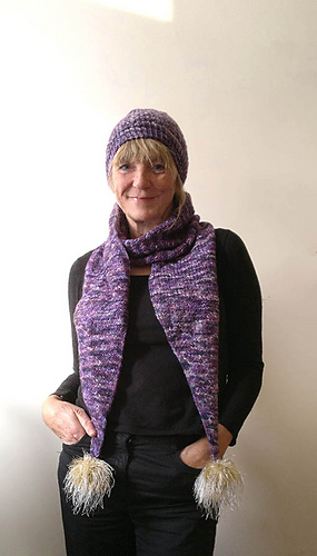 Prple_scarf_2_medium