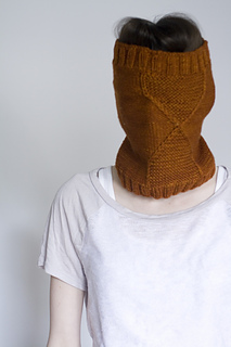 Plucky_cowl7_small2