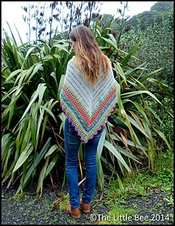 Bright_shawl_back_portrait_cr_border_small2