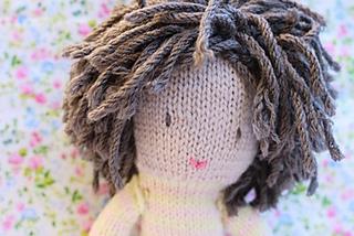 Poupee_laine_cheveux_small2