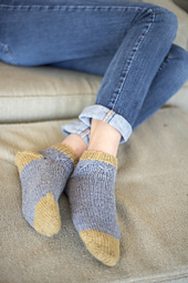 Pv4_hartland_slipper-socks_0639_small_best_fit