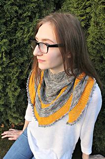 Cinnamon_shawl_small2