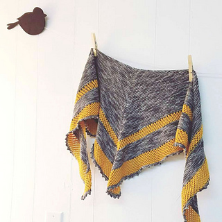 Cinnamon_shawl2_small2