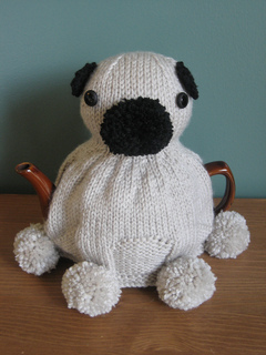 Pug_tea_cosy_ii-12_small2