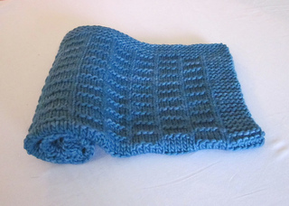 Newborn_blanket_baby_blues1_small2