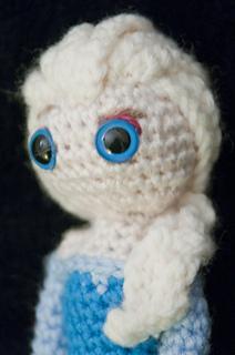 Amigurumi Elsa Tarifi : Ravelry: Elsa (Frozen) Amigurumi Crochet Pattern pattern ...