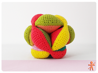 Amigurumisfanclub Kevin : Ravelry: amish puzzle ball pattern by judit guillen