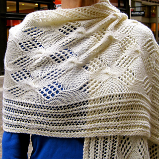 Cable Lace Checkerboard Wrap pattern by Linda Lehman