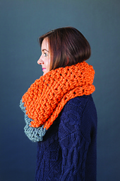 Colour_block_cowl_small_best_fit