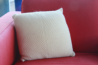 White_pillow_2_small2
