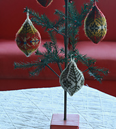 Ornaments_2_small_best_fit