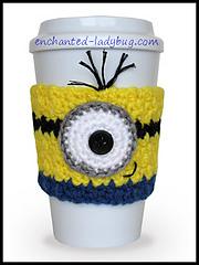 Crochet-minion-cozy-w_small