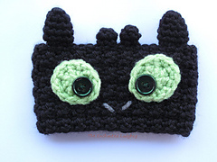 Crochet-toothless-dragon-cozy-w_small
