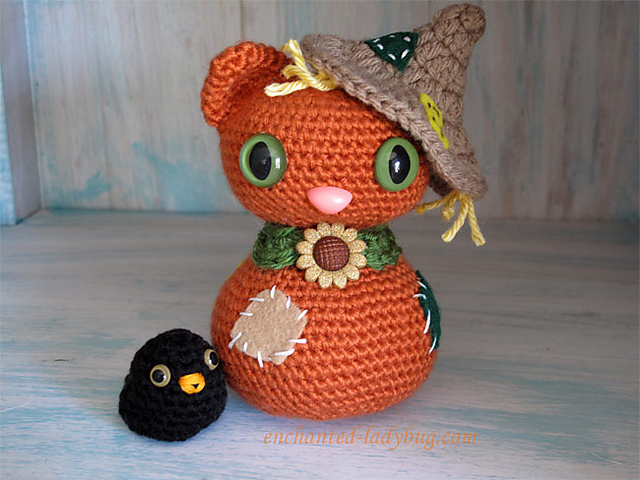 Ravelry Amigurumi Scarecrow Cat And Crow Pattern By The Enchanted