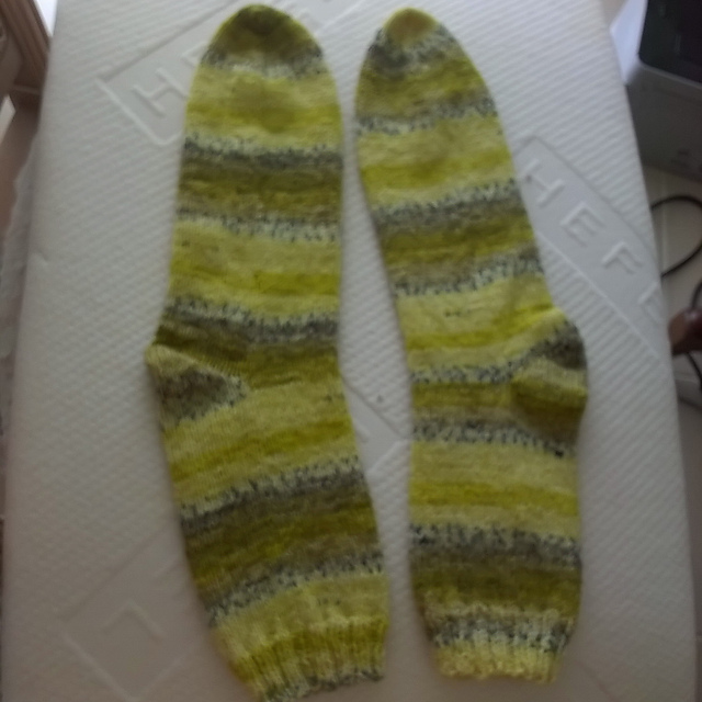 Ravelry Easy Two Needle Socks Pattern By Audrey Ritchie