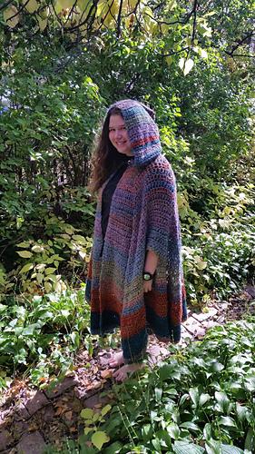 Ravelry Hooded Cloak Pattern By Dillon Ekle