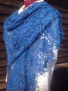 Mamie-large-shawl_small2
