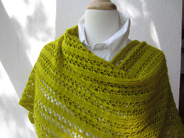 Ravelry Little Leaf Lace Scarf Pattern By Sivia Harding