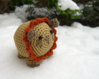Little Amigurumi Lion : Ravelry little amigurumi lion pattern by lion brand yarn