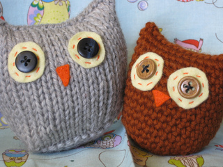 Ravelry Owls Two Ways Knit Pattern By Ana Clerc