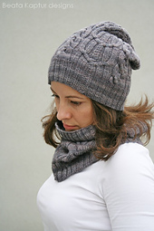 Double_cabled_cowl_5_small_best_fit