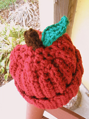 Apple_hat_002_small