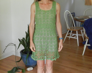 Green_dress_small2