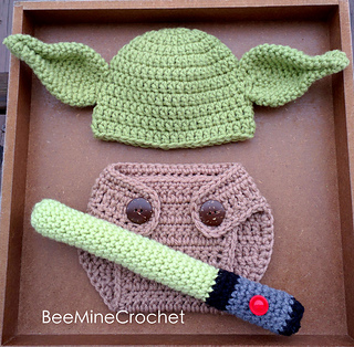 Ravelry  Newborn Yoda Outfit Star Wars pattern by BeeMineCrochet 8359127ae14