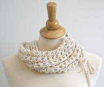 Laceupscarf4_small_best_fit