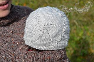 Dos_bonnet_small2