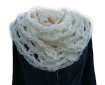 Blizzard_cowl_effect_neckwarmer1_small_best_fit