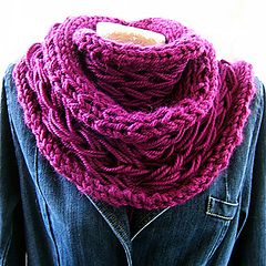 Sc45_double_fabric_cowl_small