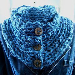 Sc46_elongated_2_x_2_rib_buttoned_neckwarmer_small