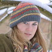 Eilish_smile_heart_hat_battleship_x5001_small_best_fit