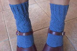 Ninja_socks_with_shoes_small2