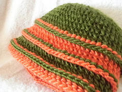 Reversible_tiers_hat_3_small