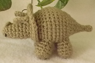 Triceratops_side_small2