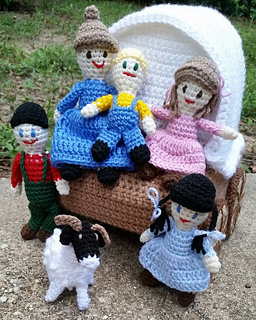 Wagon_with_family_2_small2