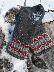 Nordic_nights_mitts_1_small
