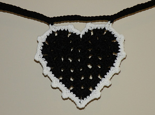 Black_heart_bunting_2_small2
